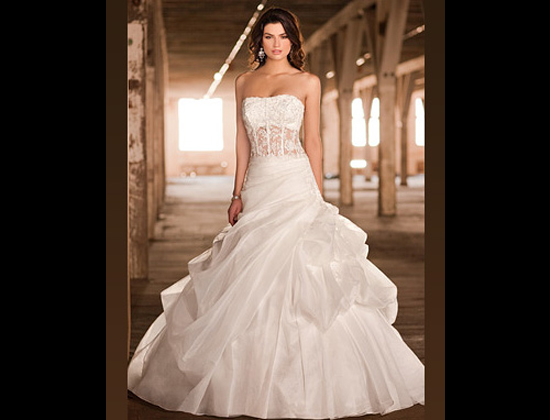 Boutique oui je le voeux for Wedding dresses montreal st hubert